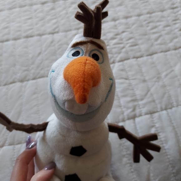 Disney Store Authentic Olaf Plush
